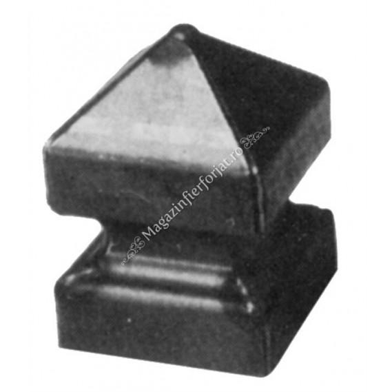 167/11 Terminal stalp 80x80mm H.130mm din tabla grosime 2mm sudata partial pe laturi