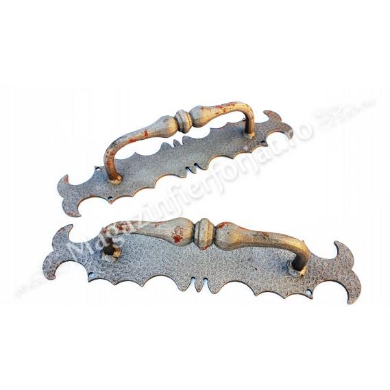 63.041 Maner fix din fier forjat in stil Medieval H.385mm L.80mm