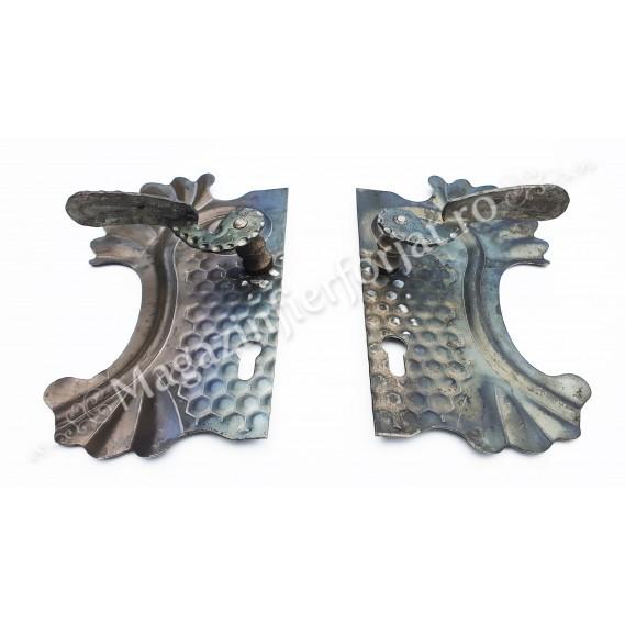 63.180 Placa de mascare cu maner 290x160mm 85/20mm din tabla forjata de 2.5mm pt. partea Stanga