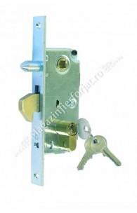 Broasca cu butuc si antiridicare pentru poarta culisanta, de incastrat in profil de min. 60mm